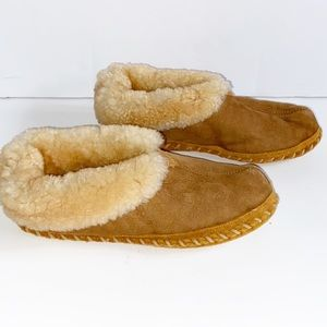 L.L. Bean Shoes - LL Bean Mens Leather and Shearling Slippers Size 9